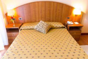 Esempio di uno dei letti di Hotel Principe Bibione